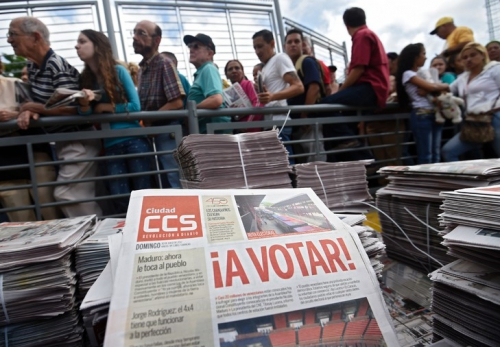 queuealler-voter-Caracas-30-juillet-2017_0_729_506.jpg
